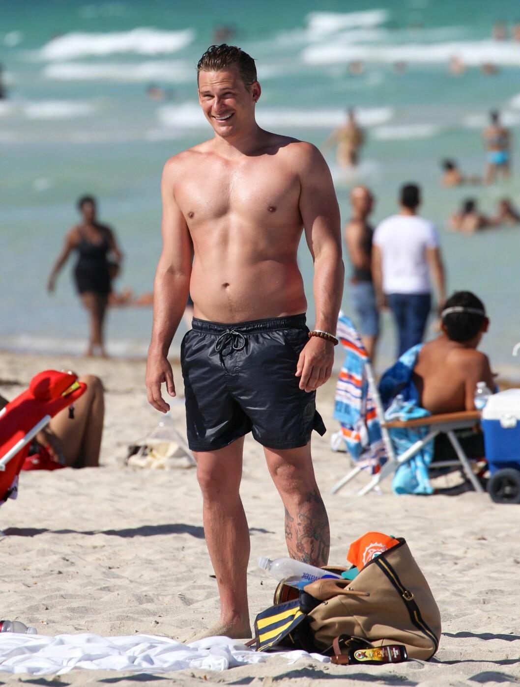 <strong>BOYBAND:</strong> Blue-sanger Lee Ryan gliste bredt på ferie.  Foto: All Over Press