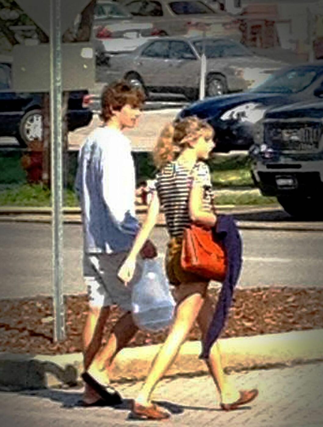 DATE: I august i år var det nyforelska paret Taylor Swift og Conor Kennedy på middagsdate i Nashville.  Foto: All Over Press