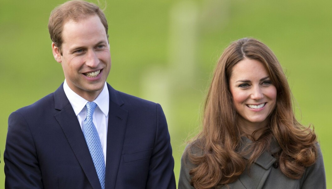 <strong>GAVMILDE:</strong> Prins William og hans kone Kate har ikke glemt møtet med den verdensberømte skuespillerinnen, og sendte barselgave da Witherspoon hadde født. Foto: All Over Press