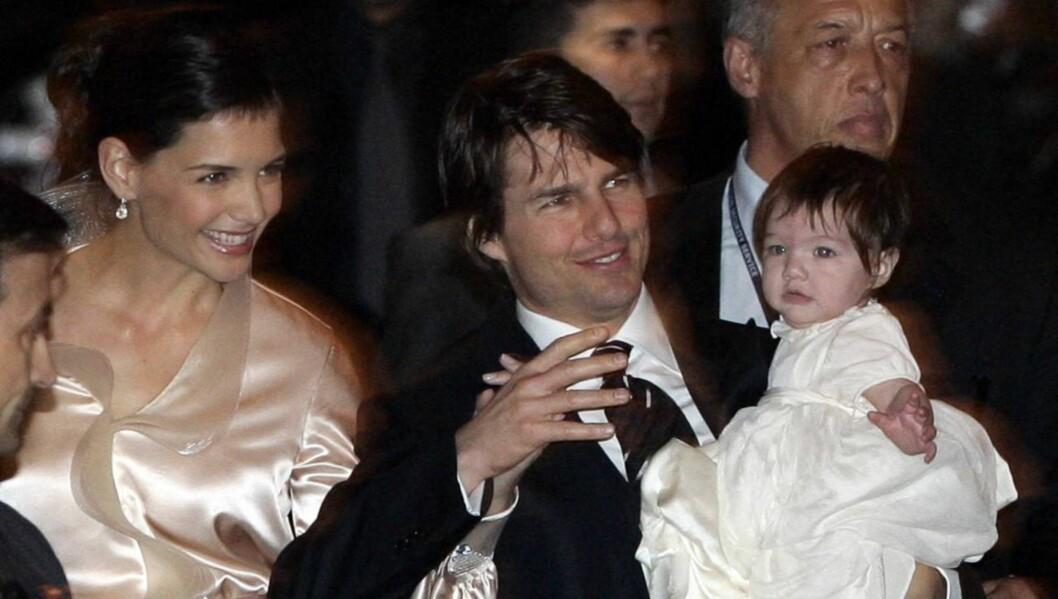 FALSKT BILDE AV CRUISE: En kilde nær Katie Holmes hevder bildet som er blitt tegnet av hennes eks-mann Tom Cruise som en kontrollerende mann, som holdt henne borte fra hennes familie, ikke stemmer med virkeligheten. Foto: AP