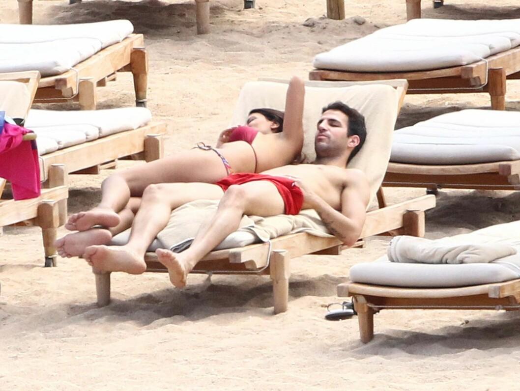 <strong>LATE DAGER:</strong> En velfortjent ferie for Fabregas etter EM-seieren. Foto: All Over Press