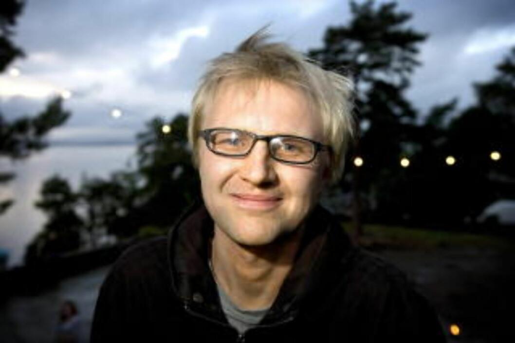 <strong>HELT GREIT:</strong> Tidligere musikkjournalist og Kiss-fan Håkon Moslet mener Kiss er kyniske, men ærlige.  Foto: Anders Grønneberg