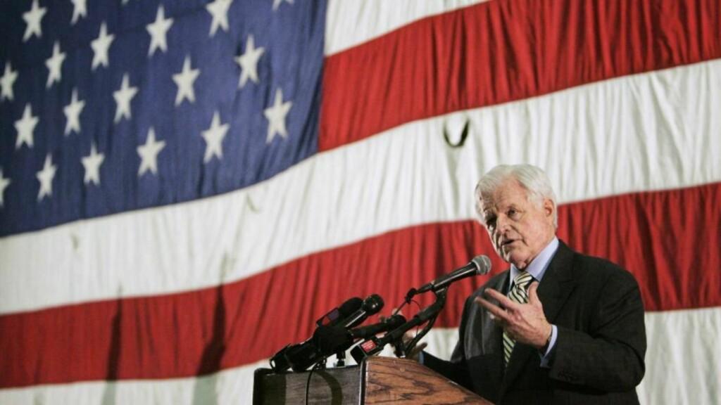 LEVDE LENGE: Senator Edward Kennedy døde en naturlig død i august i fjor og ble 77 år gammel. Foto: Brian Snyder / AP / SCANPIX