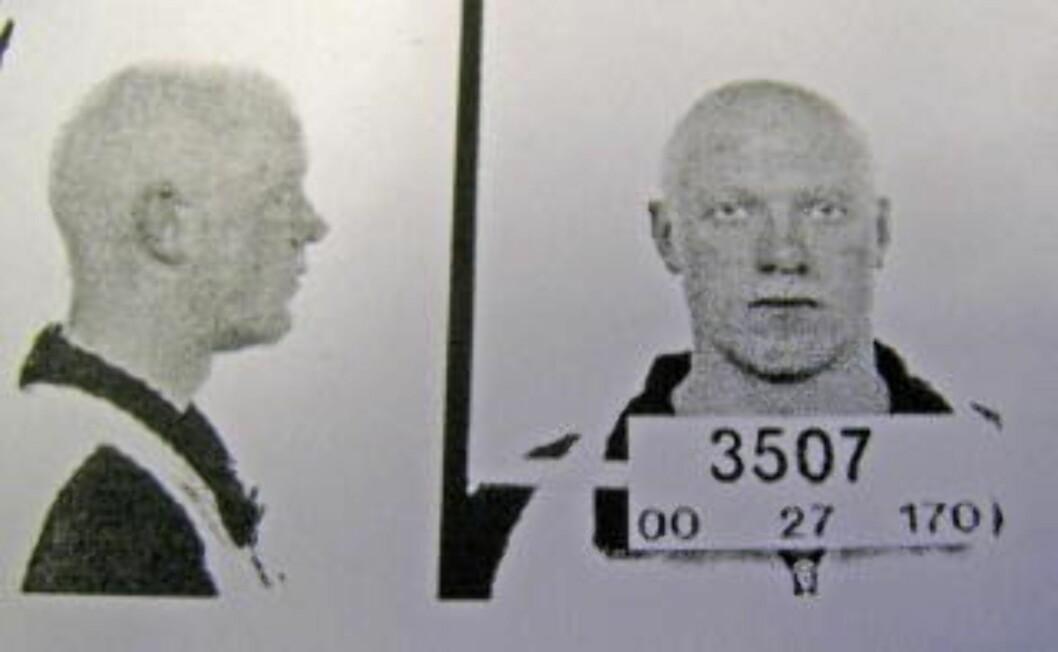 <strong>PÅGREPET:</strong> Dette politibildet av Viggo Kristiansen er snart 10 år gammelt. Like lenge har Kristiansen hevdet sin uskyld.