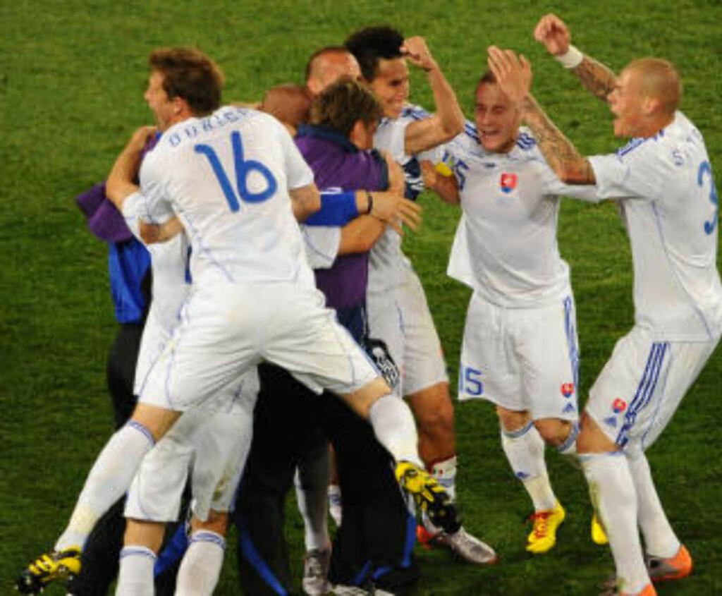 DRUKNET DE BLÅ: Det var tittelen på Carriero Dello Sports hjemmeside like etter tapet.Foto: AFP PHOTO / CHRISTOPHE SIMON