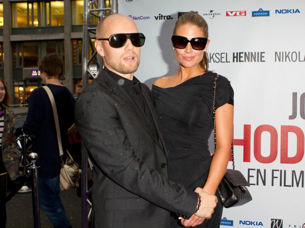 THE BECKHAMS: - Aksel og Tone er Norges svar på David og Victoria Beckham, ifølge moteredaktøren.  Foto: Stella Pictures