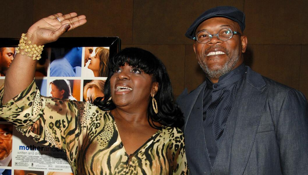 LANGT EKTESKAP: Samuel L. Jackson og kona LaTanya Richardson har vært gift i 42 år. Selv tror han de har holdt sammen blant annet fordi de har langre perioder fra hverandre.  Foto: All Over Press