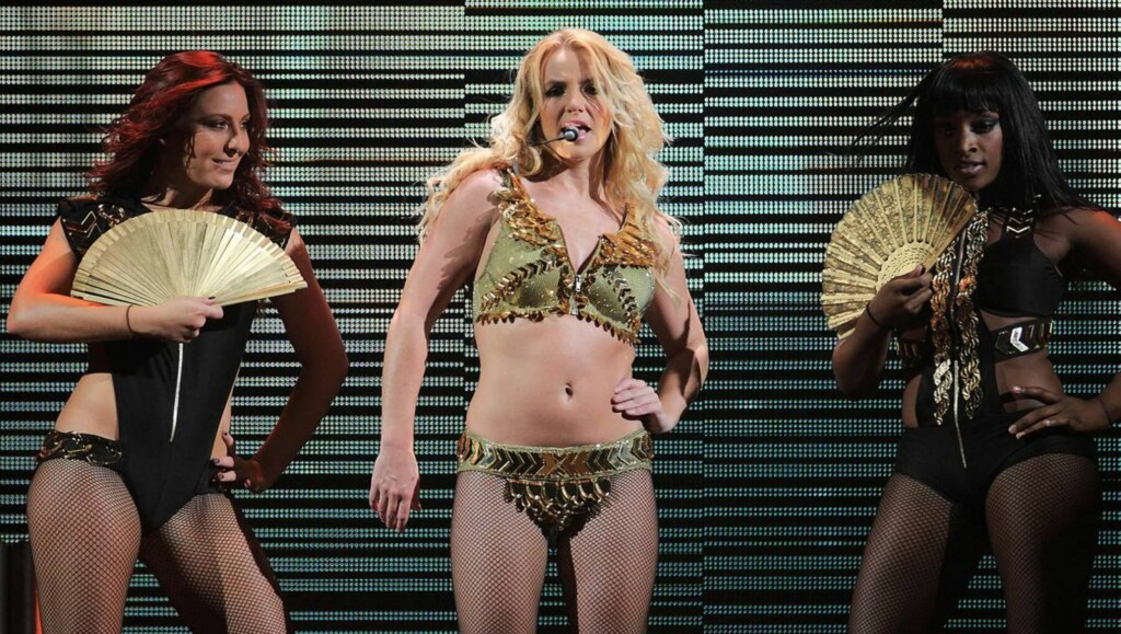 HÅVER INN PENGER: Spears skal få 90 millioner kroner for jobben i «X Factor». Foto: All Over Press
