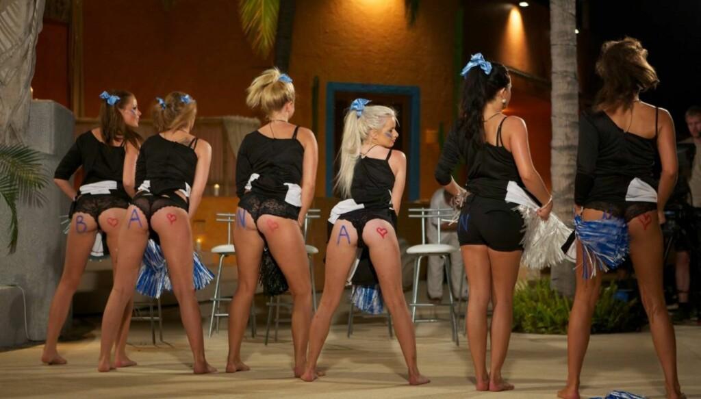 VENDER RYGGEN TIL GUTTA: Slik seer det ut når jentene kjemper om tittelen «Miss Paradise» i kveldens utgave av TV3-serien «Paradise Hotel». Foto: TV3