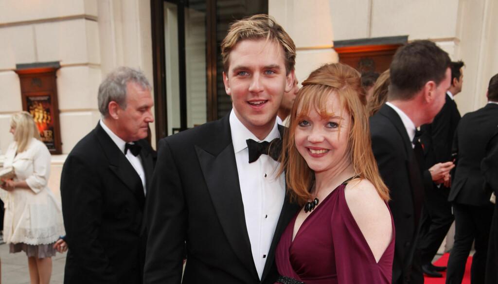 VENTER BARN: Dan Stevens hadde med seg sin gravide kone Susie Hariet på Laurence Olivier Awards i London i helgen.  Foto: All Over Press