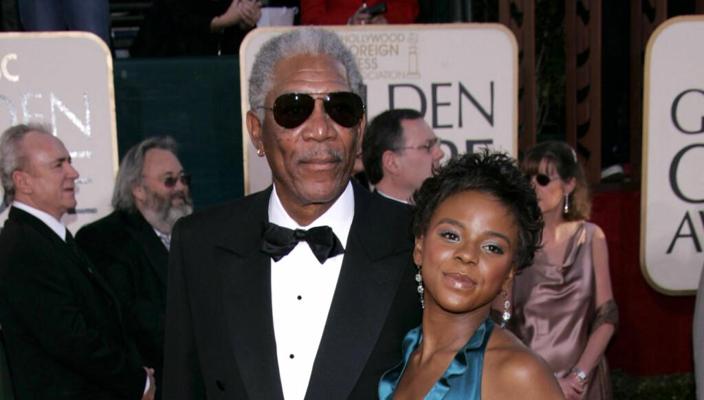 VAR MED PÅ FEST: Morgan Freeman kom med sitt stebarnebarn E'Dena Hines på Golden Globe i 2005.  Foto: All Over Press