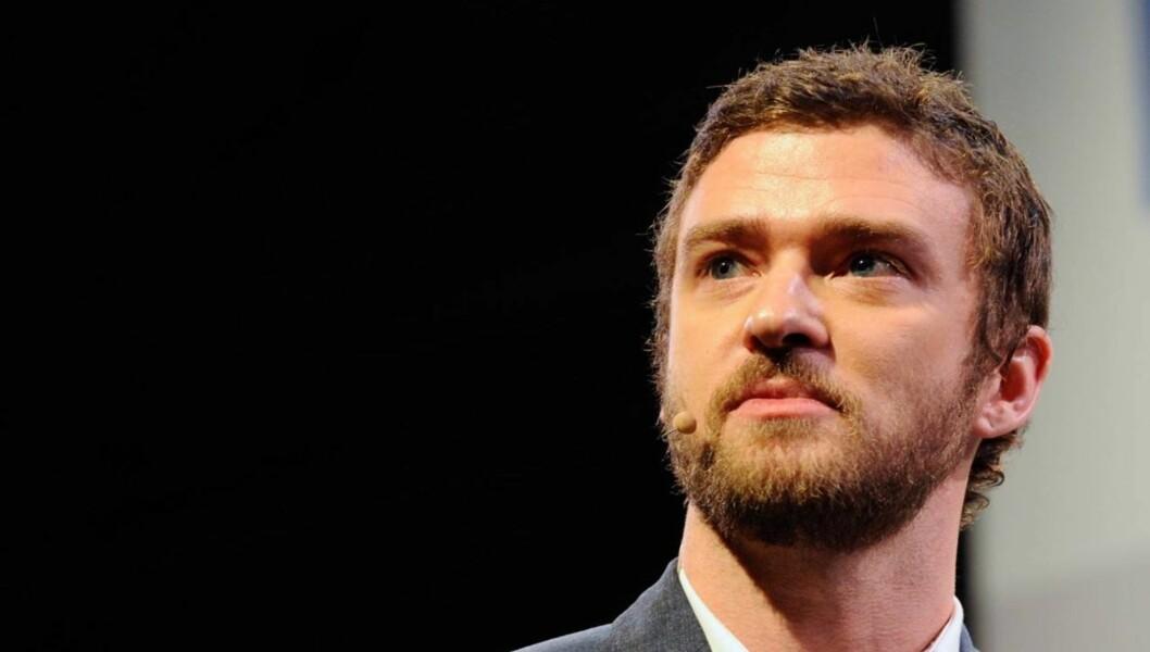 VISSTE IKKE HVA SOM VAR UNDER KRØLLENE: ... men nå foretrekker Justin Timberlake å være skallet.  Foto: All Over Press