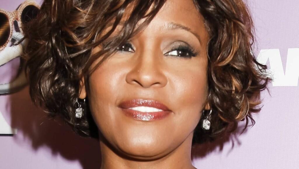 FANT KOKAIN: I en ny rapport om Whitney Houstons dødsfall kommer det frem at politiet fant kokain på sangerens hotellrom.  Foto: All Over Press
