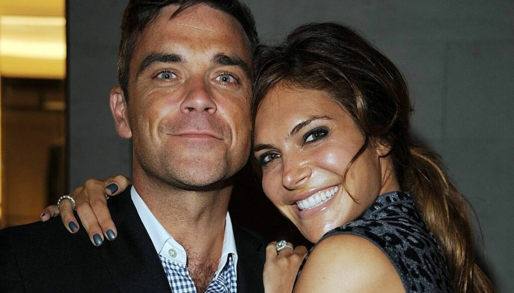 BLIR FORELDRE: Robbie Williams og kona Ayda Field. Foto: All Over Press