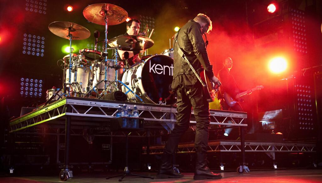 VILLE KUTTE MINUTTER: Kent skulle spille singelen 999, men fikk beskjed om at TV-kanalen ville kutte vekk nesten tre minutter. Foto: Stella Pictures