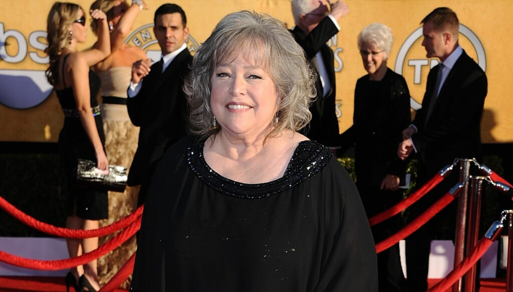 KREFT: Kathy Bates hadde eggstokkreft da hun i 2004 spilte i filmen «Little Black Book». Det var det på det tidspunktet ingen som visste. Foto: Stella Pictures