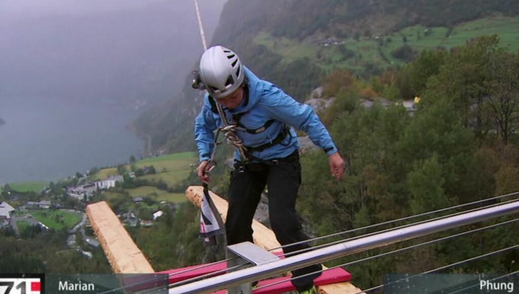 SKULLE FULLFØRE: Selv om Hang var redd, klarte hun å fullføre oppgaven, som var målet hennes. Foto: TVNorge