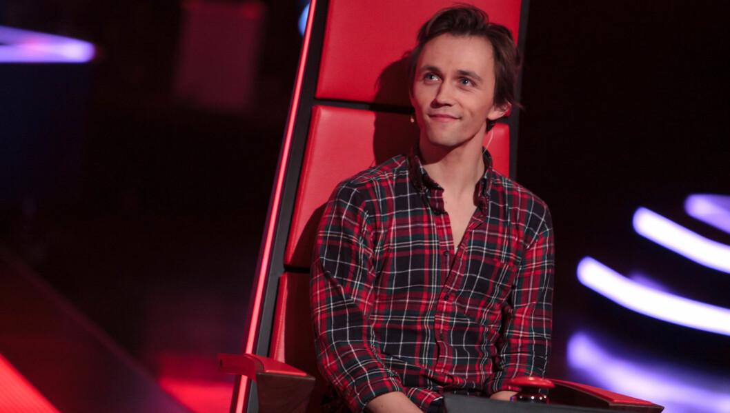 KLAR FOR BATTLE: Sondre Lerche har valgt sine deltagere til neste runde i The Voice. Foto: TV 2