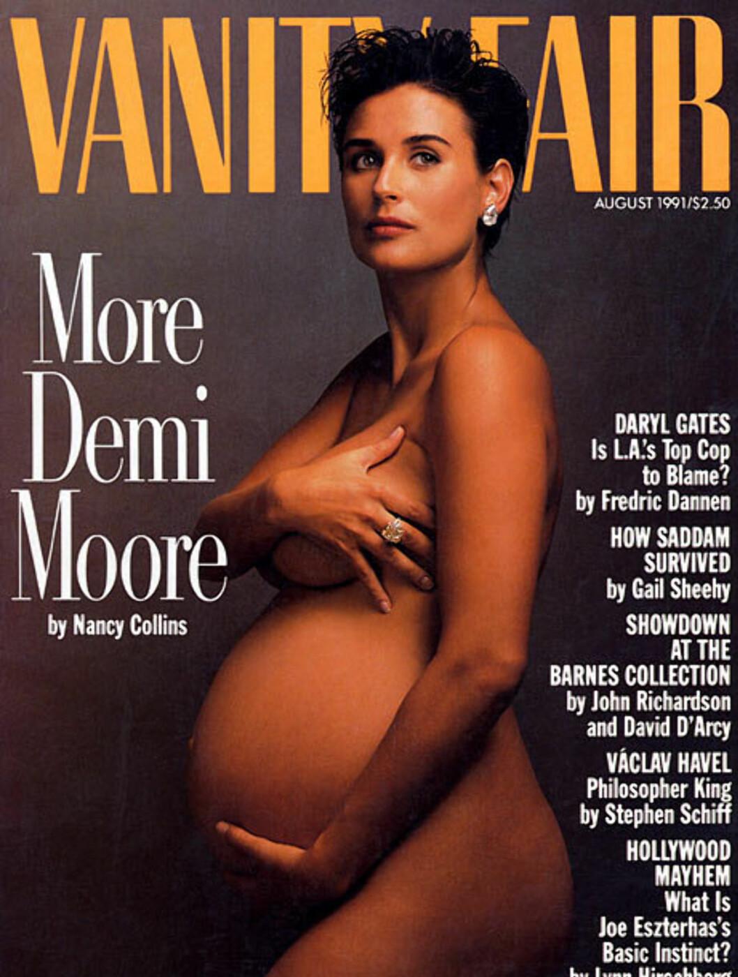 DEN FØRSTE: Det ikoniske bildet av Demi Moore fra 1991 har blitt kopiert igjen og igjen av andre kjendiskvinner.  Foto: Faksimile Vanity Fair