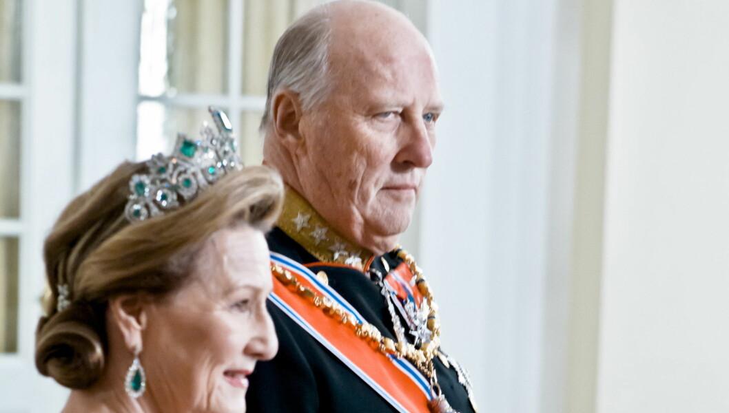 TIL VESTFOLD: Kong Harald og Dronning Sonja besøker Vestfold-kommuner til sommeren. Foto: SCANPIX