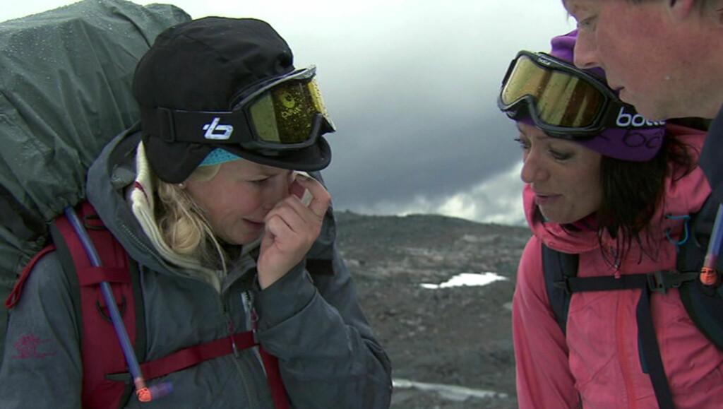 BRØT UT I TÅRER: Smertene gjorde at Klemetsen begynte å gråte. Foto: TVNorge