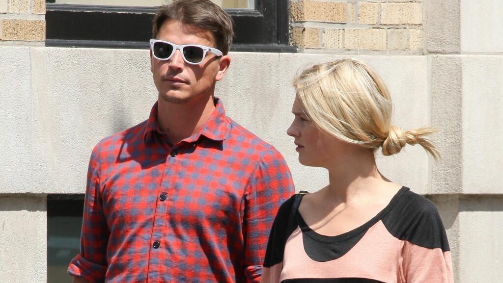 SLUTT?: Josh Harnett har lenge vært sammen med den norske modellen Sophia Lie, men skal nå ha begynt å date skuespilleren Amanda Seyfried.  Foto: All Over Press