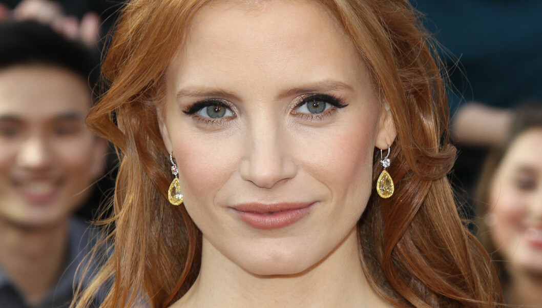 ELSKER DIAMANTER: Jessica Chastain hadde på seg diamanter til en verdi av over 11 millioner kroner på Oscar-utdelingen.  Foto: All Over Press