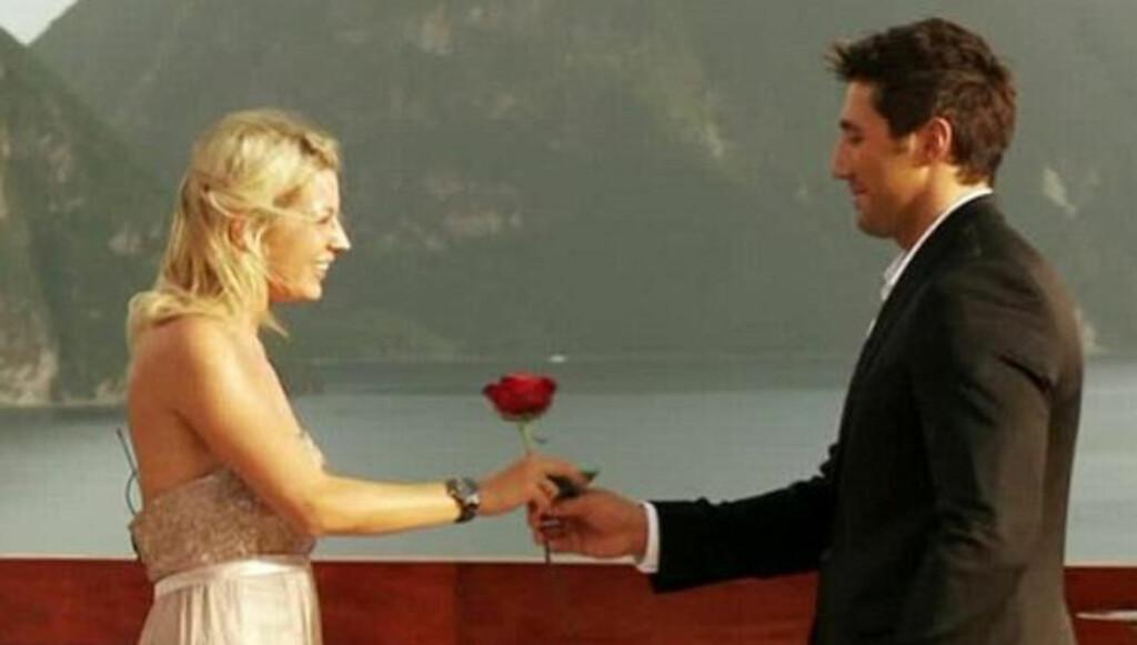 DUMPET KJÆRESTEN: Gavin Henson dumpet kjæresten Carianne Barrow - som han møtte og valgte på datingshowet «The Bachelor» - på selveste valentinsdagen.  Foto: Fra «The Bachelor» / Channel 5