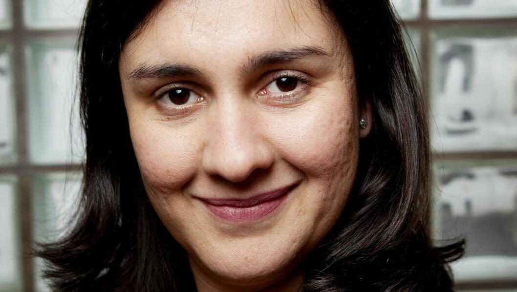 <strong>FLERSTEMT:</strong> Kamila Shamsie har fått sine omgivelser snudd rundt flere ganger i livet . Hun er født i Pakistan, studerte i USA og bor vekselvis i London og ?Karachi. Foto: Jon Terje Hellgren Hansen / Dagbladet