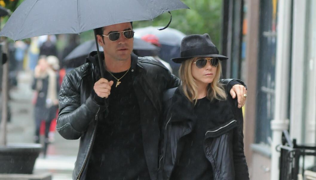 LYKKELIGE: Theroux og Jennifer Aniston har vært sammen siden mai i fjor. Foto: Stella Pictures