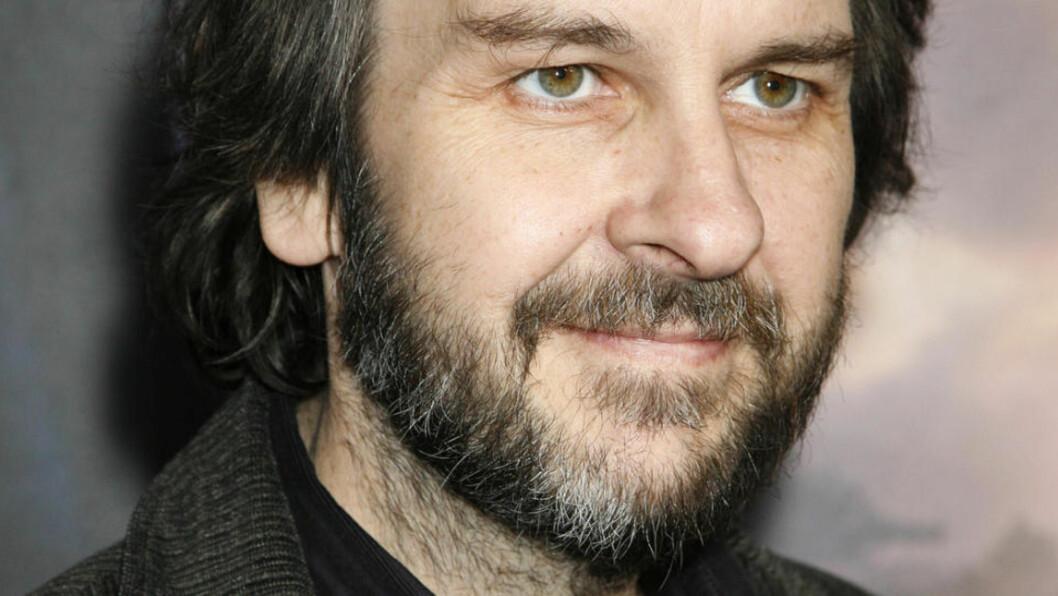 <strong>REGISSØR:</strong> Peter Jackson skal nå være like ved å regissere de to «Hobbiten»-filmene. Foto: Jason Redmond/Reuters/Scanpix