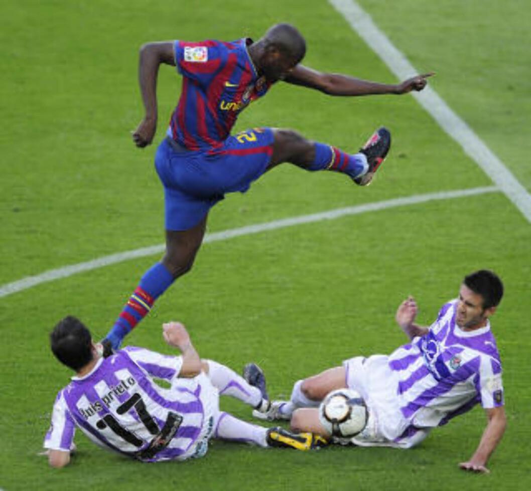 BEST BETALT? Ei engelsk søndagsavis mener Yaya Toure blir Premier Leagues høyestlønnede spiller etter overgangen fra Barcelona. Foto: AFP/JOSEP LAGO