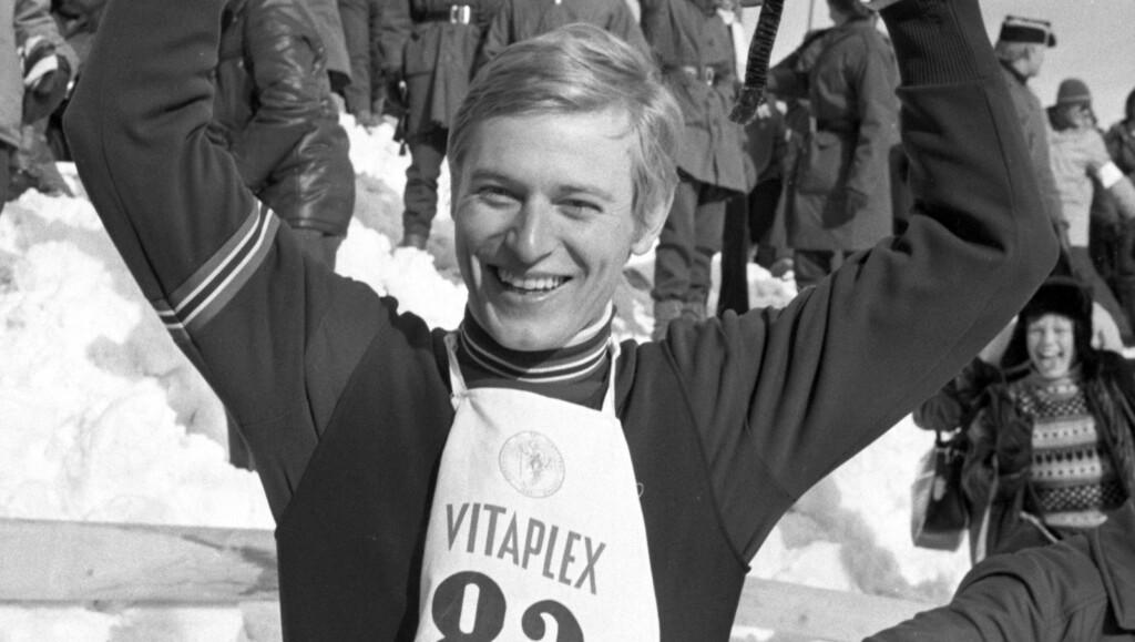 TIL TOPPS I HOLMENKOLLEN: En glad Ingolf Mork jubler for triumf i Holmenkollen. Foto: Scanpix