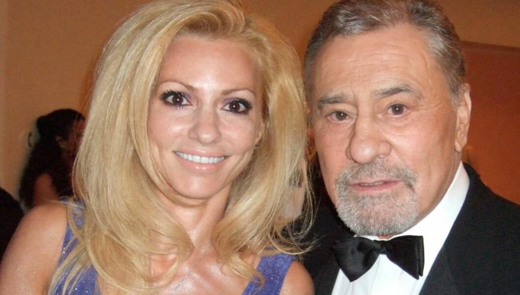 GIFT: Farentino var gift med 24 år yngre Stella.  Foto: All Over Press