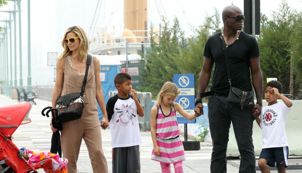STOR FAMILIE: Heidi Klum og Seal har barna Henry, Johan, og Lou sammen, og modellen har datteren Leni fra et tidligere forhold.  Foto: All Over Press
