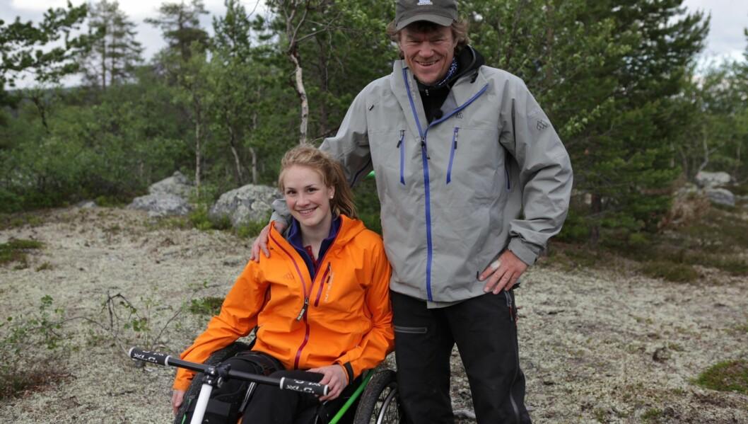 FÅR HENVENDELSER FRA MENN: Men Birgit Skarstein har hatt kjæreste i to og et halvt år. Foto: NRK