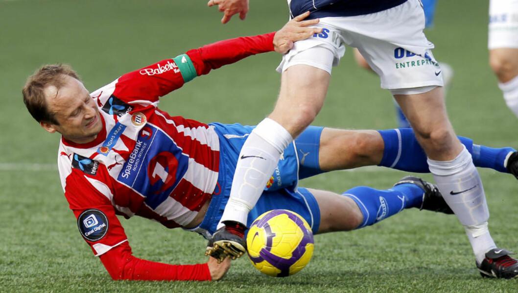 <strong>TRENGER MÅL:</strong> Sigurd Rushfeldt (t.v.) går glipp av flere kamper i jakten på den norske eliteserierekorden for mål. Foto: Erlend Aas / Scanpix