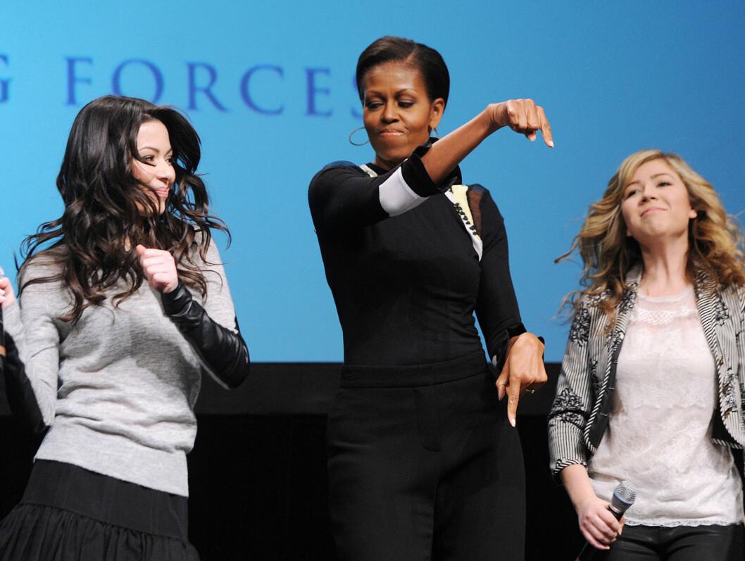 <strong>HEY SISTA, GO SISTA:</strong> Michelle Obama vet hvordan hun skal bevege seg til musikk.  Foto: Stella Pictures