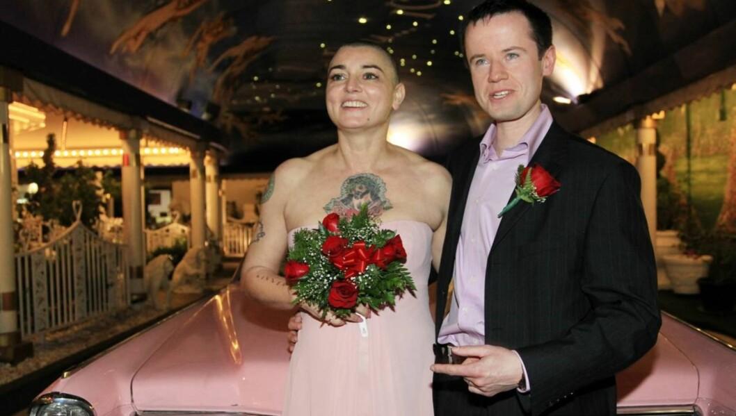 <strong>18 DAGER:</strong> Sjokknyheten om bruddet kom allerede 18 dager etter bryllupet. Nå har imidlertid paret bestemt seg for å forbli gift. Foto: All Over Press