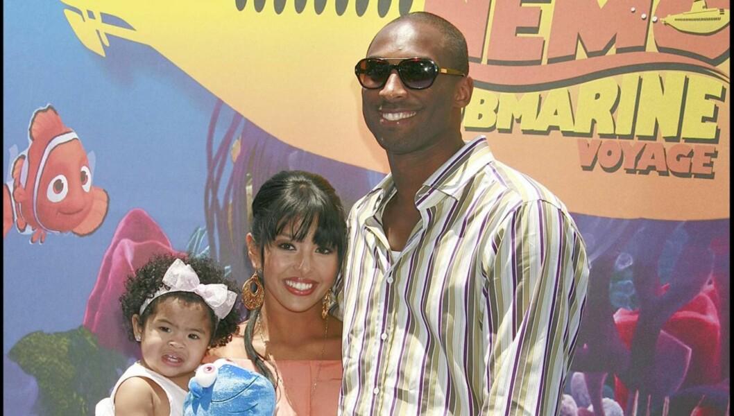 <strong>SKILLES:</strong> Vanessa skiller seg fra Kobe etter avsløringen om at han skal ha vært utro med over 100 kvinner. Paret har to barn sammen.  Foto: All Over Press