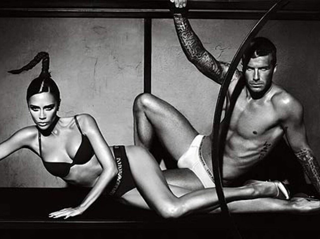 SAMMEN MED KONA: Tidligere stilte Posh og Becks opp på disse sexy bildene i en kampanje for Armani.  Foto: All Over Press