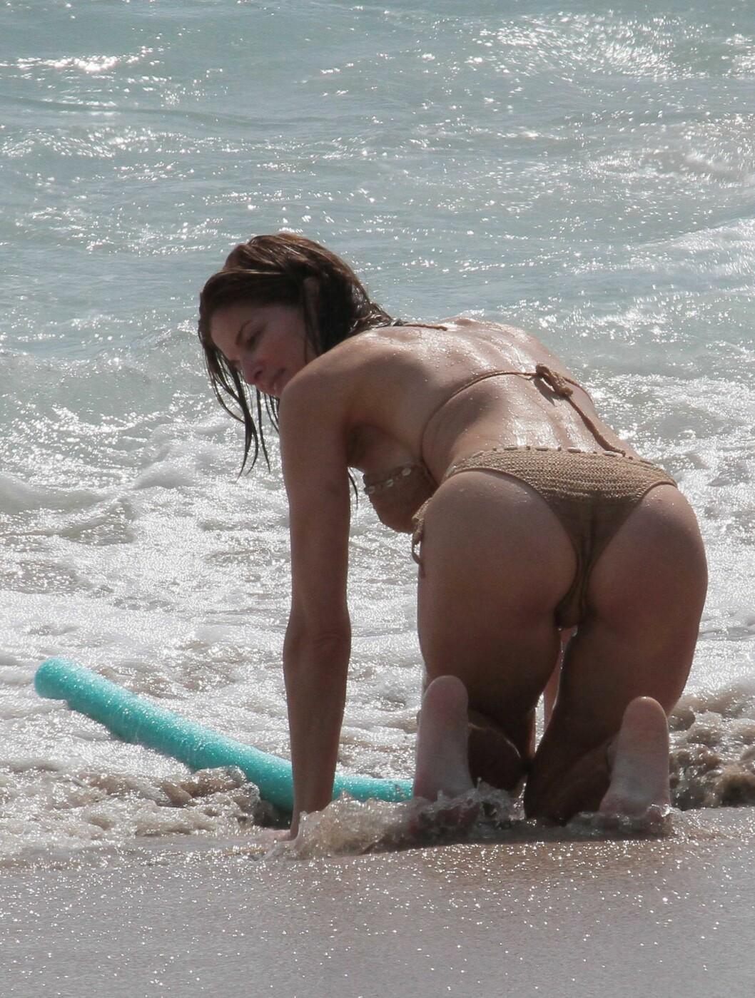 BURDE VÆRT ULOVLIG?: Radar Online mener denne bikinien nesten burde vært ulovlig. Foto: STELLA PICTURES