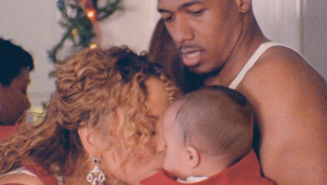 PYNTER TREET: Slik ser det ut når Mariah Carey tar med tvillingene sine på jobb i musikkvideoen «When Christmas Comes».