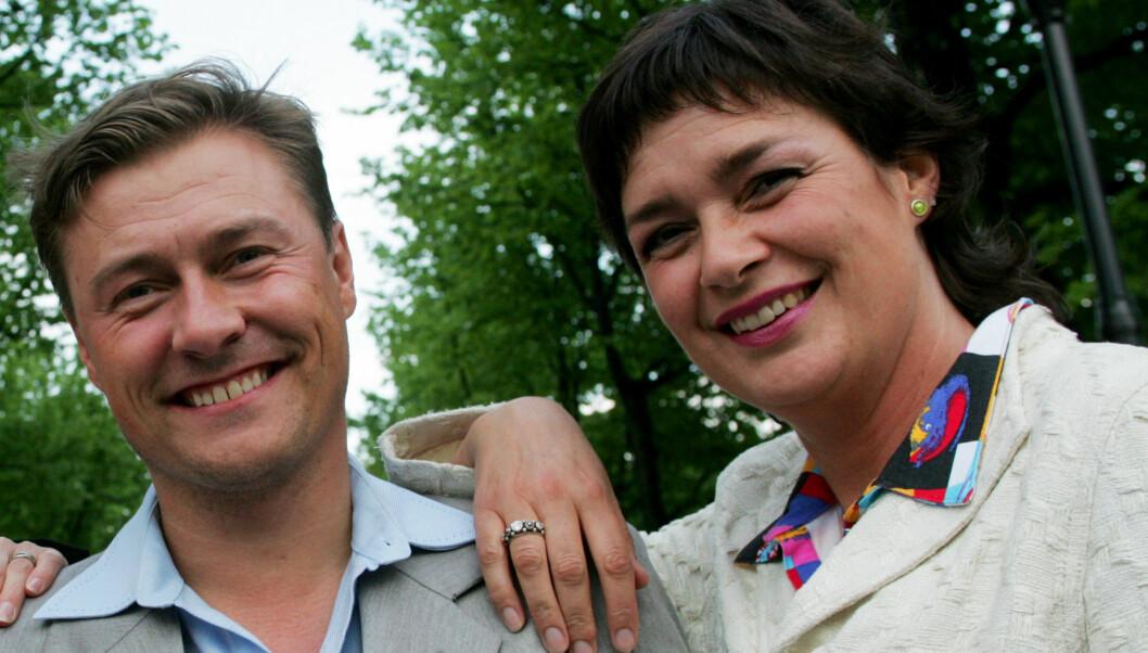 INTRODUSERTE: Det var Idar Vollvik som introduserte Anne Kathrine Slungård for den kommende kjæresten Stig Inge Eikemo (36) da hun satt som dommer i «Skaperen» i 2006. Foto: TV 2