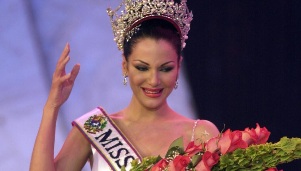 TAPTE KAMPEN MOT KREFTEN: Slik så det ut da Eva Ekvall i år 2000 vant tittelen miss Venezuela. 11 år senere er hun borte etter lang tids kamp mot sin kreftsykdom. Foto: Ap