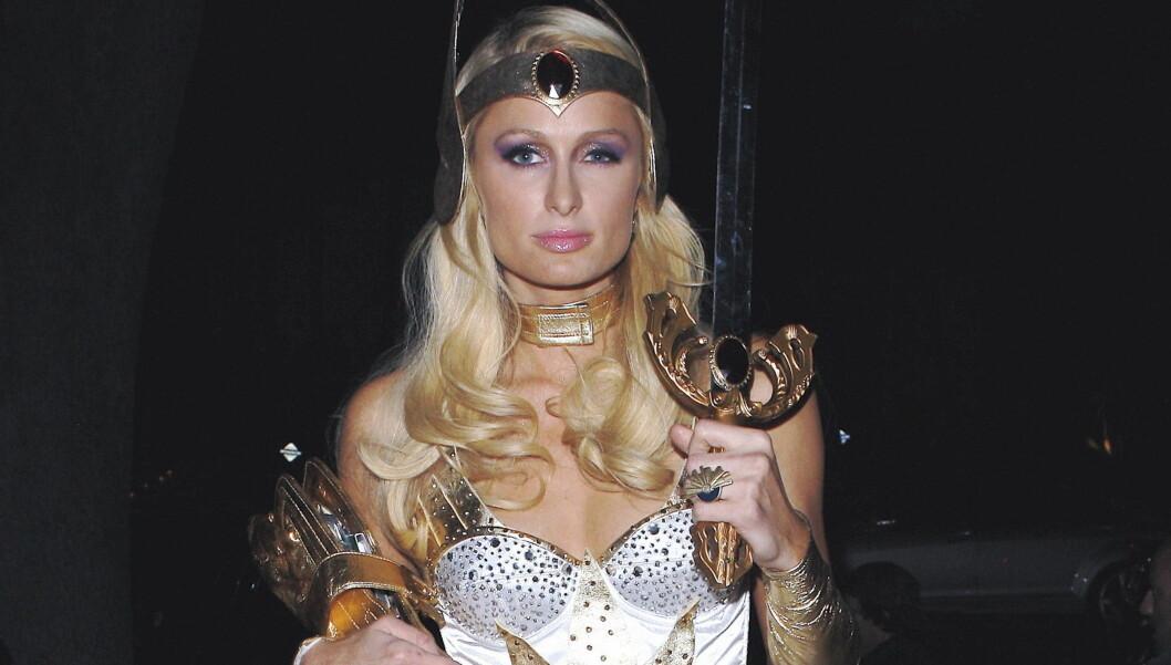 FESTGLAD: Paris Hilton er glad i en fest, noe som irriterer hennes naboer i det fasjonable boligområdet Mulholland Estates i Beverly Hills så mye at de vil se henne flytte. Foto: All Over Press