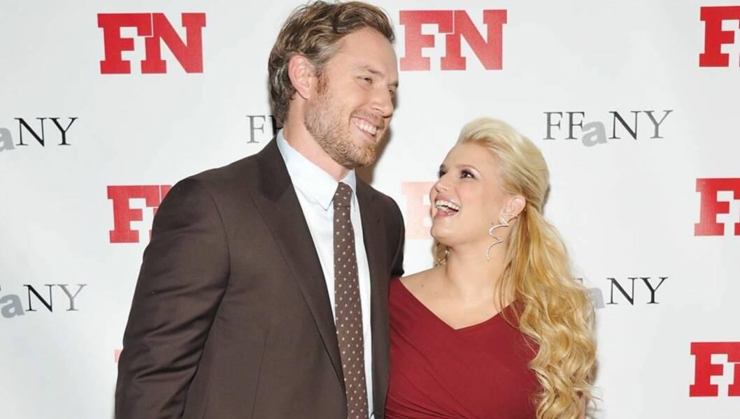 FLØRTET: Jessica Simpson og Eric Johnson flørtet og lo hele kvelden igjennom. Foto: All Over Press
