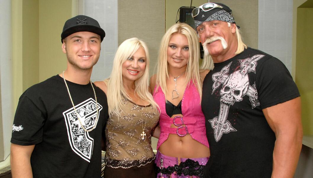 "<strong>REALITYSTJERNER:</strong> Hulk Hogan, konen Linda og barna Nick og Brooke ble populære TV-navn med realityserien ""Hogan Knows Best"".  Foto: All Over Press"