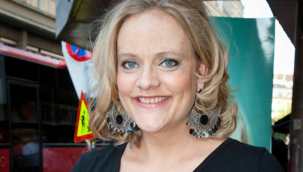 FIKK EN SØNN: Skuespiller og komiker Henriette Steenstrup fødte sønnen Billy onsdag. To dager senere skrev hun på Twitter at den nyfødte sønnen lignet på ektemannen, bare vasket på 95 grader. Kort tid etterpå slettet hun moromeldingen. Foto: Stella Pictures