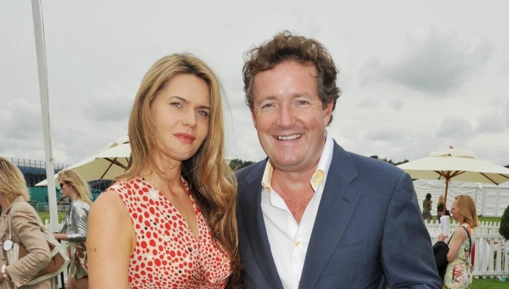 BLE FORELDRE: Journalist og TV-vert Piers Morgan har blitt pappa for fjerde gang. Dette er det første barnet til kona hans, den britiske spaltisten Celia Walden. Her er de to avbildet sammen i 2009, det året de forlovet seg.  Foto: Stella Pictures